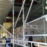 Saneeraus uimahallissa. Telineen koko: 2kpl 21m x 4m